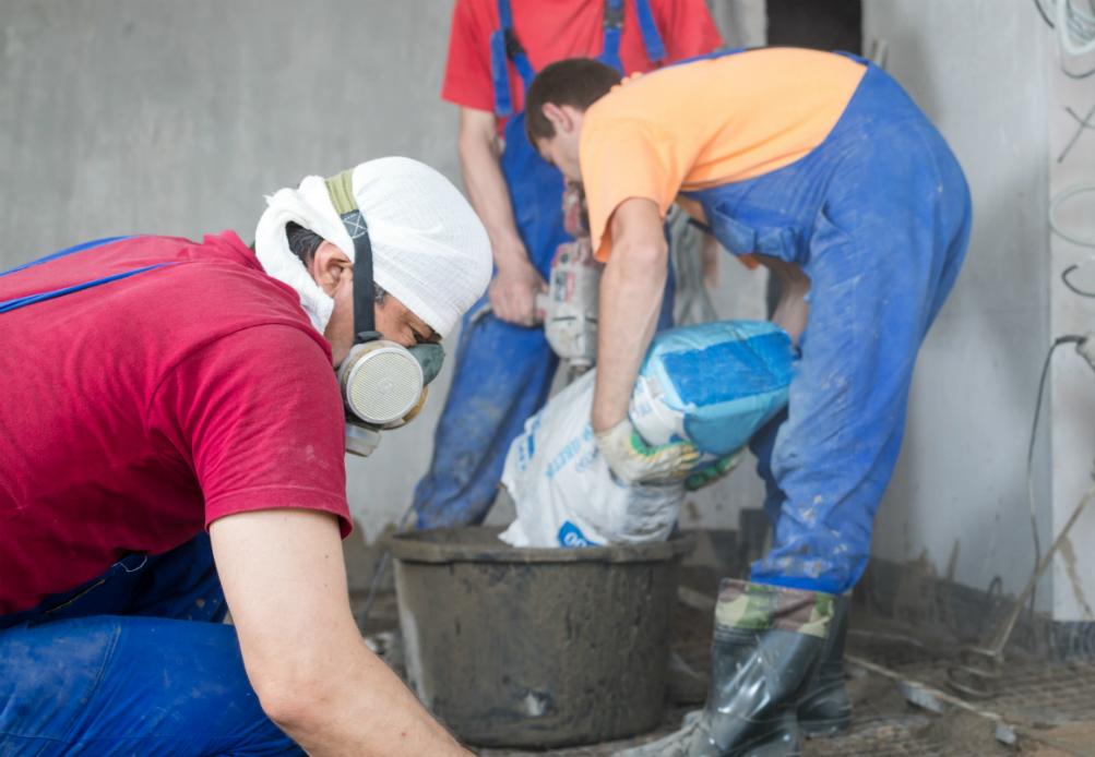 wear respirator when using epoxy floor paint